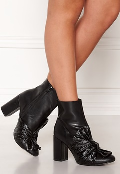 LOST INK Daisy Bow Ankle Boot Black Bubbleroom.fi