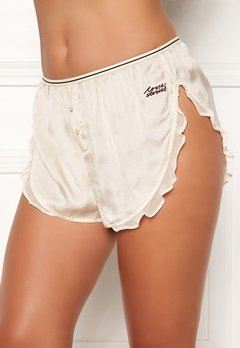 Love Stories Mae Cover Up Shorts Off White Bubbleroom.fi