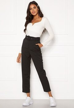 Make Way Elin belted trousers Black / Striped / White Bubbleroom.fi