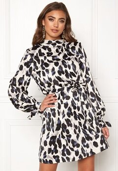 Make Way Linsley dress White / Black / Leopard Bubbleroom.fi
