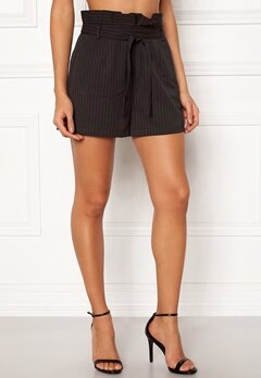 Make Way Disa paperbag shorts Black / White / Striped Bubbleroom.fi