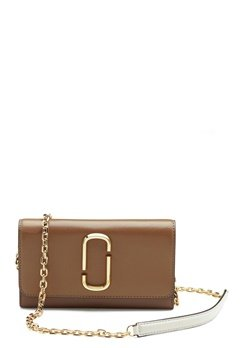 Marc Jacobs Wallet on Chain 064 French Grey Mult Bubbleroom.fi