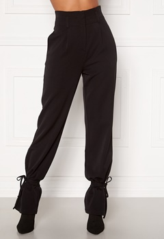 Martine Lunde X Bubbleroom Tied suit trousers Black Bubbleroom.fi