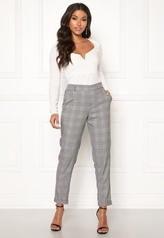 VERO MODA Maya MR Loose Check Pant Black Checks: White Bubbleroom.fi