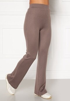 Moa Mattsson X Bubbleroom Cozy rib trousers Nougat Bubbleroom.fi