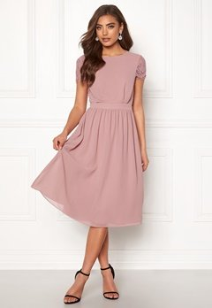 Moments New York Camellia Chiffon Dress Dark old rose Bubbleroom.fi