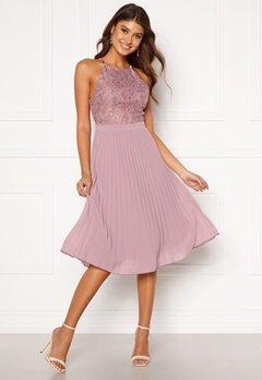 Moments New York Casia Pleated Dress Old rose Bubbleroom.fi