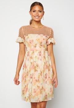 Moments New York Dana Chiffon Dress Floral Bubbleroom.fi