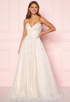 Moments New York Estelle Wedding Gown White Bubbleroom.fi