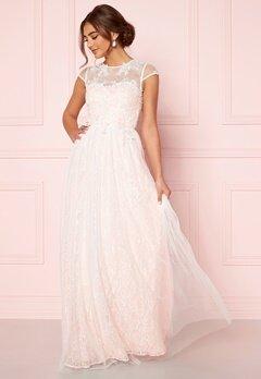 Moments New York Florentina Wedding Gown  Bubbleroom.fi
