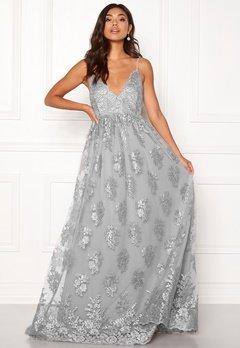 Moments New York Gardenia Lace Gown  Bubbleroom.fi