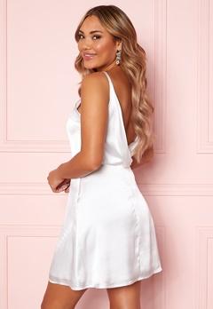 Moments New York Laylani Satin Dress White Bubbleroom.fi