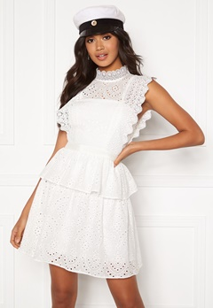 Moments New York Olivia Crochet Dress White Bubbleroom.fi