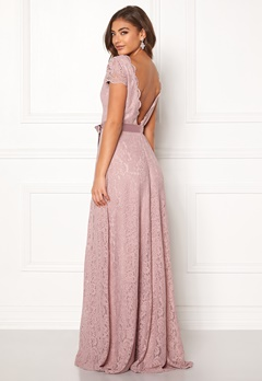 Moments New York Viola Lace Gown Dusty lilac Bubbleroom.fi