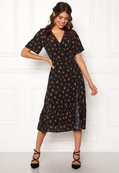 New Look Sable Floral Wrap Dress Black Pattern Bubbleroom.fi