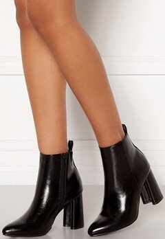 ONLY Brodie Pu Heeled Boot Black Bubbleroom.fi