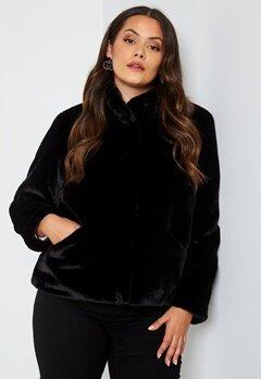 Only Carmakoma Vida Faux Fur Jacket Black bubbleroom.fi