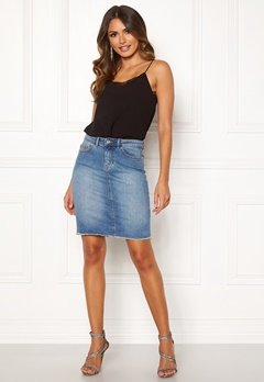 ONLY Eliza Reg Raw Edge Skirt Medium Blue Denim Bubbleroom.fi