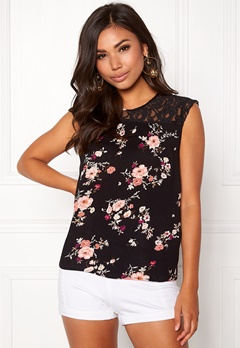 ONLY Karmen S/L Top AOP Black Flower Print Bubbleroom.fi