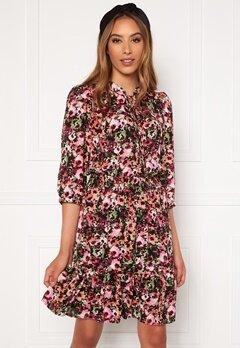 ONLY Lavin 3/4 Short Dress Black AOP Neon Flowe bubbleroom.fi