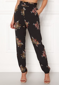ONLY Nova Win Paperbag Pant Black/Asian Bloom Bubbleroom.fi