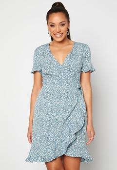 ONLY Olivia S/S Wrap Dress Dusk Blue / Flower Bubbleroom.fi
