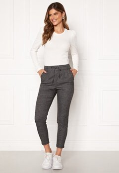 ONLY Poptrash Soft Check Pant Black/Cloud Dancer Bubbleroom.fi