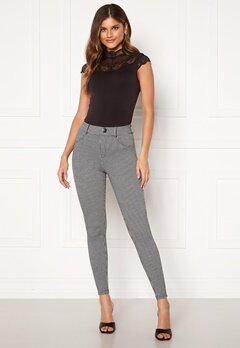 ONLY Taylor Check Leggings Black AOP:houndtooth Bubbleroom.fi