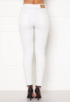 Pieces Delly MW Cropped Jeans Bright White Bubbleroom.fi