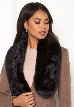 Pieces Fur Scarf DC Black/Solid Bubbleroom.fi