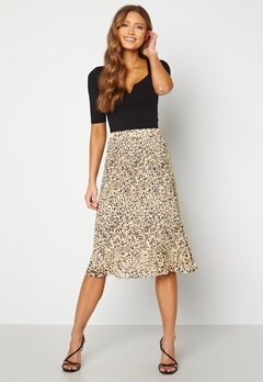 Pieces Leborah Plissé Midi Skirt Birch AOP Leo Bubbleroom.fi
