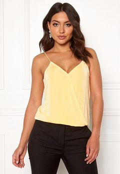 Pieces Marissa Wrap Slip Top Mellow Yellow Bubbleroom.fi