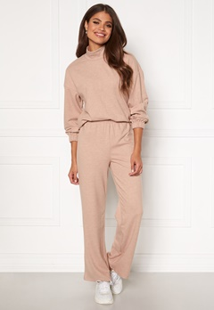 Pieces Renaise Wide Pant Lounge Warm Taupe Bubbleroom.fi