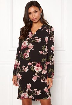Pieces Lona L/S V-neck Dress Black/Magnolia Bubbleroom.fi