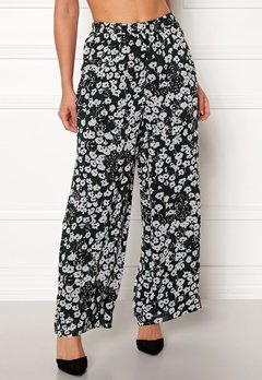 SELECTED FEMME Maggie MW Ankle Pants Black Bubbleroom.fi