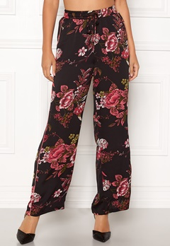 Sisters Point Ella Pants 001 Black/Red Flower Bubbleroom.fi