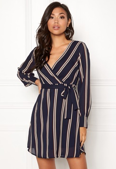 Sisters Point Gerdo Dress 441 Navy Stripes Bubbleroom.fi