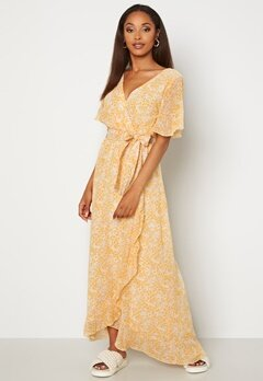Sisters Point Gush Dress 116 Cream/Yel/Lilac Bubbleroom.fi
