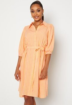 Sisters Point Vibby Dress 841 L. Pink/Banana Bubbleroom.fi
