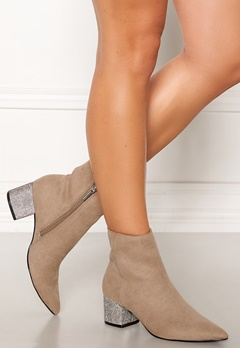 Steve Madden Maggie Boots Taupe Bubbleroom.fi