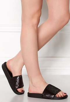 Steve Madden Softey-S Slipper Black Bubbleroom.fi