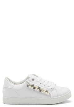 Truffle Strut New Sneakers White Bubbleroom.fi