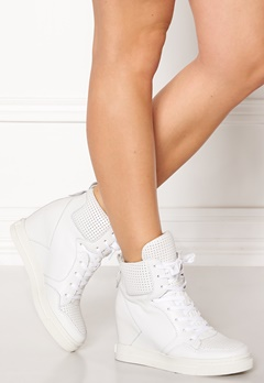 UMA PARKER Boston Shoes White Bubbleroom.fi