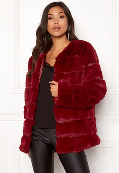 Urban Mist Plush Panelled Faux Fur Wine Bubbleroom.fi