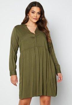 Vero Moda Curve Veronica LS Dress Ivy Green bubbleroom.fi