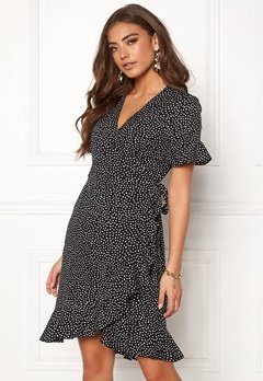 VERO MODA Henna 2/4 Wrap Dress Black/Dots Bubbleroom.fi