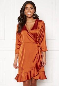 VERO MODA Henna Satin Wrap Dress Cinnamon Stick Bubbleroom.fi