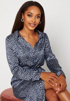 VERO MODA Leona Calf Shirt Dress Navy Blazer Bubbleroom.fi