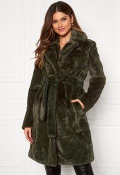 VILA Boda New Faux Fur Coat Forest Night Bubbleroom.fi