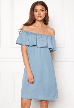 VILA Gia Off Shoulder Dress Light Blue Denim Bubbleroom.fi